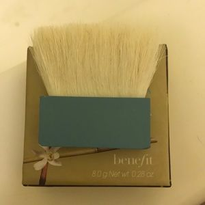 Hoola benefit contour brush (mini)